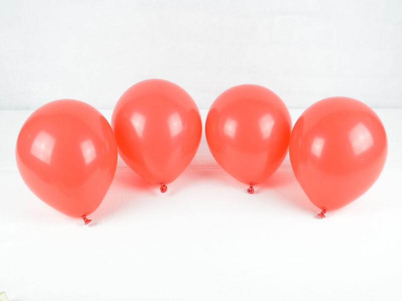 Luftballons für die Ballongirlande