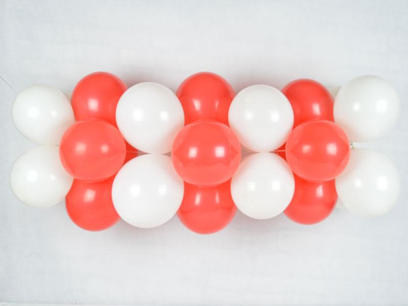 Fertige Luftballongirlande